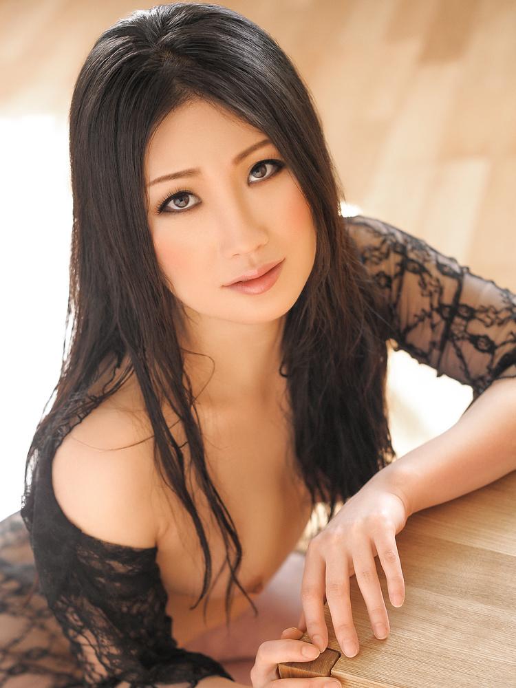 image Japanese reiko kobayakawa in summertime dating nice legs