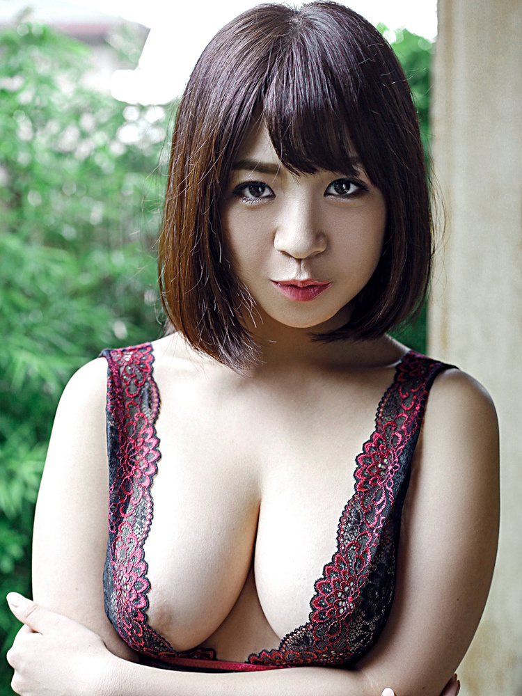 5 big tits busty emo cam girl with piercing masturbating 10
