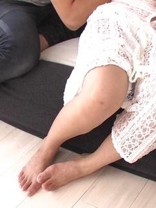 黒木麻衣 - 悩殺美女黒木麻衣~フェラ&3P中出し - Screenshot 6