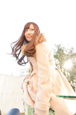 真野優莉亞 - 天真爛漫の生ハメ娘~トビッコプレイ - Picture 4