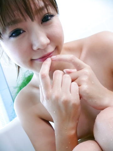 Momoka Rin - Three guys meet Momoka Rin in the bathtub for a japan blow job - Picture 6