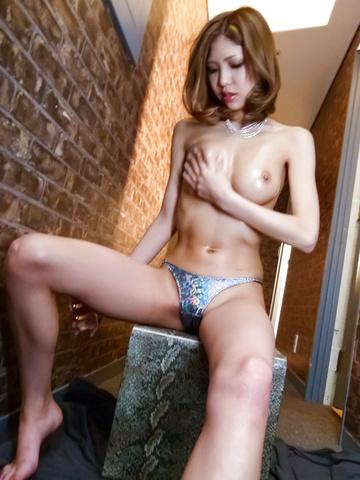 Miku Kohinata - Miku Kohinata puts her asian vibrator to good use - Picture 12