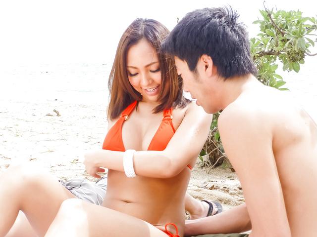 Airi Minami - Asian beauty enjoys serious threesome Asian fuck - Picture 1