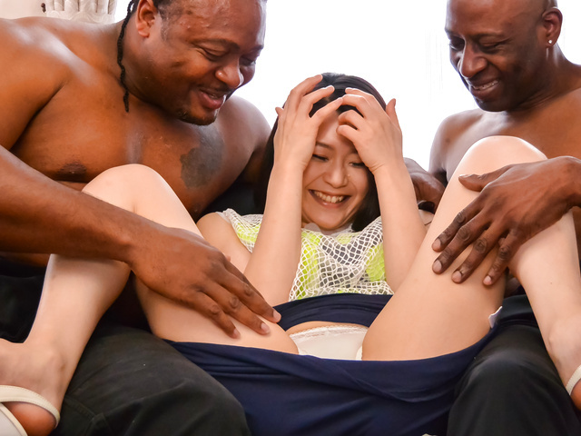 Kyoko Nakajima - Amateur Japanese babe gets hard fucked by two males - Picture 3
