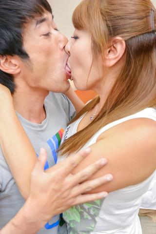 Chieri Matsunaga - Chieri Matsunaga 吸吮公鸡的亚裔女孩 - 图片 3