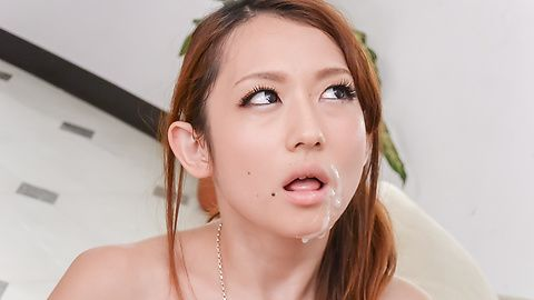 Reon Otowa shows off her ass and gives a japan blow job to two
