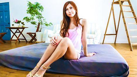 Reira Aisaki gets asian anal sex in a group fucking