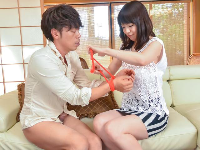 Nao Mizuki - Japan blowjob to startNao Mizuki's filthy porn show - Picture 4