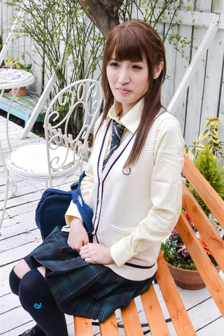 Karin Aizawa - Asian amateur video with sexy Karin Aizawa - Picture 1