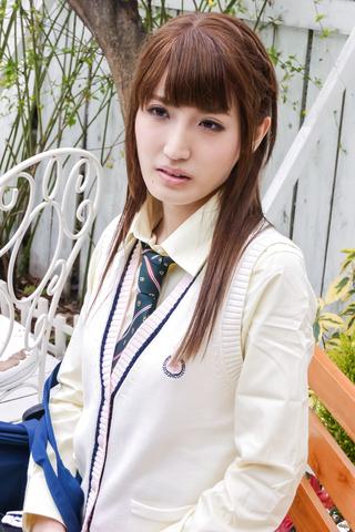 Karin Aizawa - Asian amateur video with sexy Karin Aizawa - Picture 3