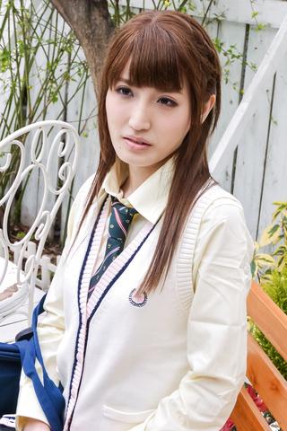 Karin Aizawa - Asian amateur video with sexy Karin Aizawa - Picture 4