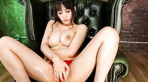 Stacked MILF Kyouko Maki has fun with asian dildos  [JavHD Sex Teen]