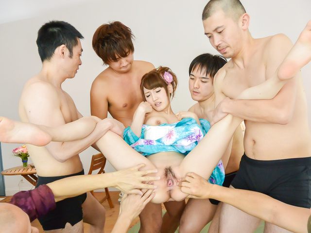 Karin Aizawa - Group Japan blow job for insolent Karin Aizawa - Picture 3