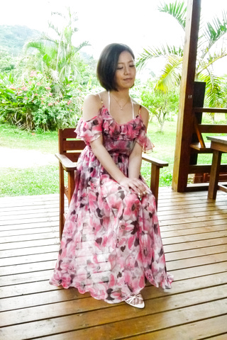 Minami Asano - 南野性交在粗糙的室外会议 - 图片 1