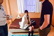 Kaho - 爆乳花穂~制服女子校生ハードコア - Picture 1