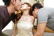 Anri Sonozaki - 享受两个角质男性的性感杏里 Sonozaki - 图片 2