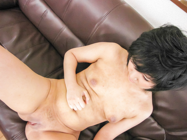 Saki Umita - hot milf with amazing ass pumped in serious modes  - Picture 5