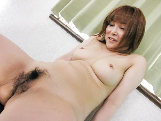 Kaho Kitayama - 令人讨厌的嘉穗北山接收纯亚洲肛门刺激 - 图片 9