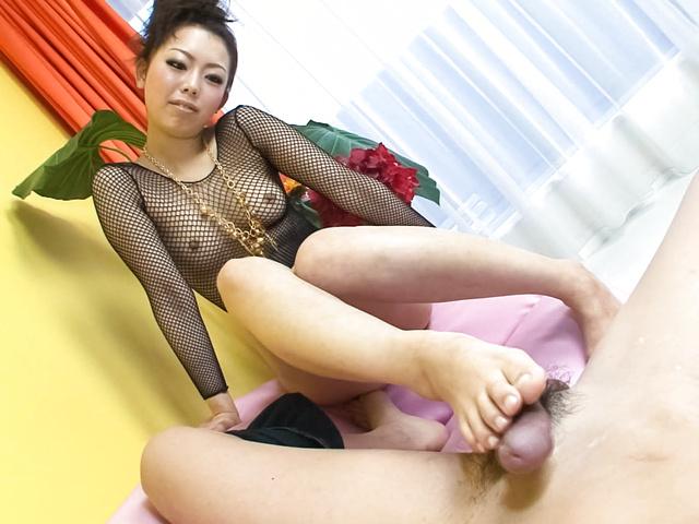 浅見友紀 - フェラ抜きしちゃうぞ!浅見友紀 - Picture 7