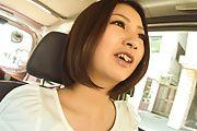 Ran Minami - GorgeousRan Minami blows cock in the car - Picture 4