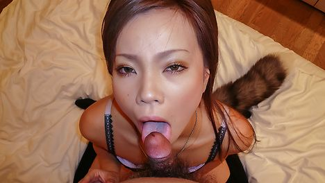 Sakiko provides Asian blowjob during nasty solo