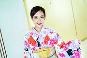 Saki Fujii - Toys to please babe's amateur Japanese pussy - Picture 1