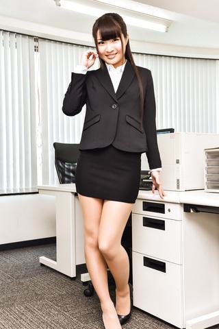 長谷川夏樹 - 生ハメギャル~潮吹きディルドープレイ - Picture 4