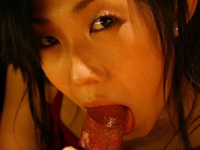 Yui Komine - Yui Komine sucks a nylon-wrapped and stiff dick - Picture 6