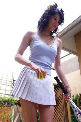 Suzuki Chao - Suzuki Chao gives a long sensual blowjob from a good POV - Picture 4