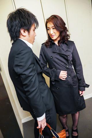 Marina Matsumoto - 滨海松本在凸轮上给出了温暖的亚洲口交 - 图片 1