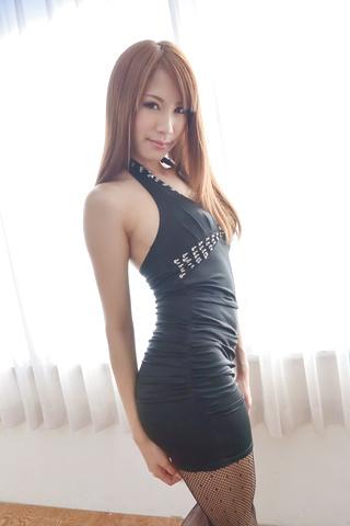Nami Itoshino - Asian huge dildo to please naughty Nami Itoshino  - Picture 2