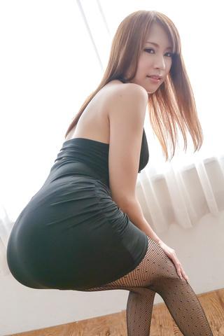 Nami Itoshino - Asian huge dildo to please naughty Nami Itoshino  - Picture 3