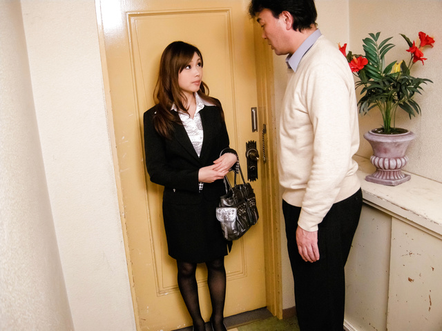 Aiko Hirose − Teen Stewardess Aiko Hirose Sucks Dick In Pantyhose − Picture 6
