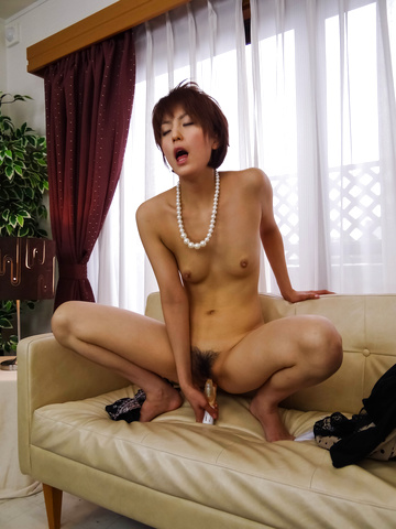 Saori - Saori's Busy With Her Vibrator On Her MILF Pussy - Picture 12