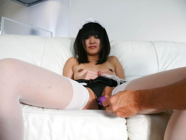 Kotomi Asakura - Sexy Kotomi Asakura is fingered and squirts - Picture 10