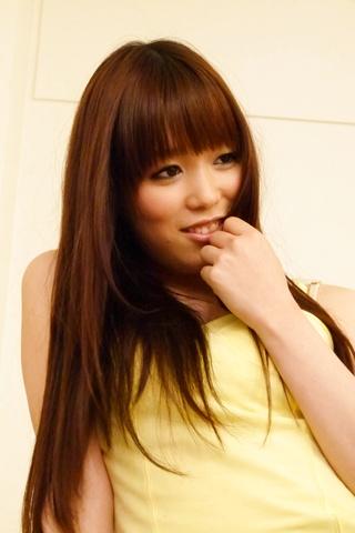 Moe Sakura - 教育部樱花给日本的第一次口交和乱搞两个家伙 - 图片 4