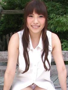 Yuri Sato - Hot asian amateur girls Yuri Sato masturbating outside - Screenshot 11
