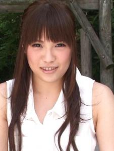 Yuri Sato - Hot asian amateur girls Yuri Sato masturbating outside - Screenshot 6