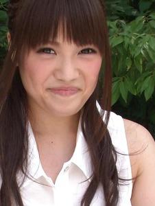 Yuri Sato - Hot asian amateur girls Yuri Sato masturbating outside - Screenshot 7