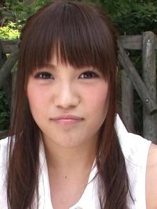 Yuri Sato - Hot asian amateur girls Yuri Sato masturbating outside - Screenshot 9