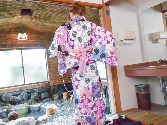 Mikuru Shiina - Big titsMikuru Shiinaprovides superb Asian blowjob - Picture 1