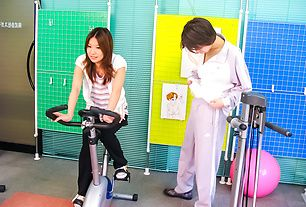 Sporty and busty babe Haruna Sakurai fondled and fucked in the gym