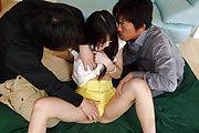 Megumi Shino - 热惠四野获取振动器在口交 - 图片 9