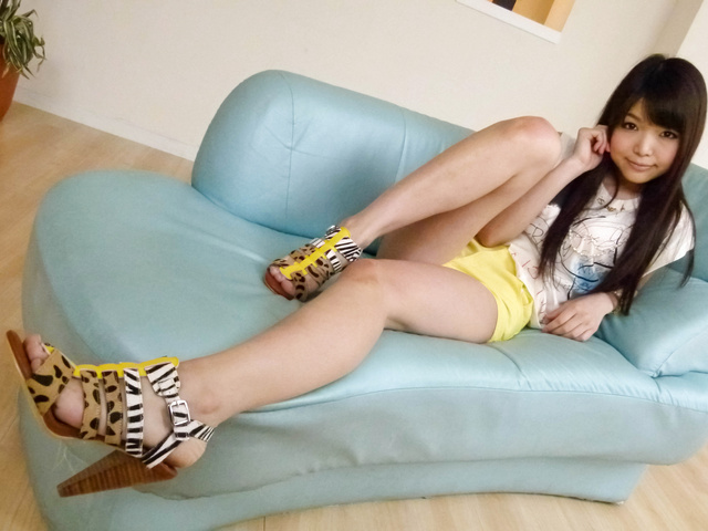 Megumi Shino - Hot Megumi Shino gets vibrators in blowjob - Picture 4