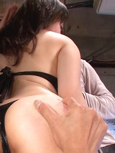 Azusa Nagasawa - Azusa Nagasawa gives a sexy asian blowjob and gets creamed - Screenshot 2