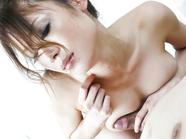 Sara Seori - Sara Seori give her lover a mouth-job until he cums - Picture 12