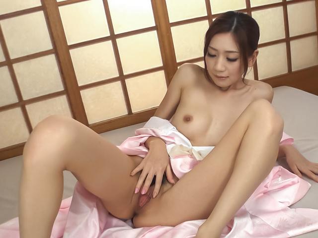 Kaori Maeda - 亚洲吹箫的甜美的屁股前田香织 - 图片 3