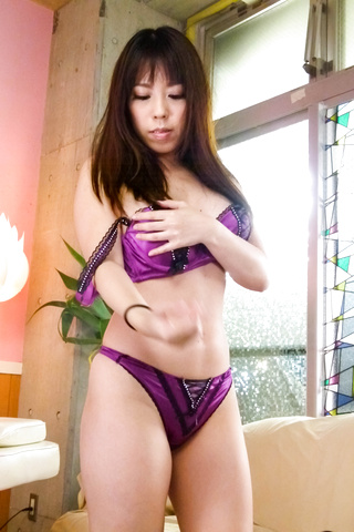 Chinatsu Kurusu - Chinatsu Kurusu gives an asian blowjob and fucks in group sex - Picture 8