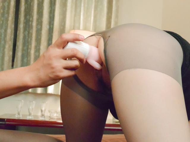 Misuzu Tachibana - Naughty Japanese milf creampie porn video - Picture 12