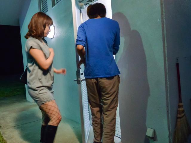 Riho Mikami - Sweet Riho Mikami kneels to provide Japanese blow job  - Picture 1